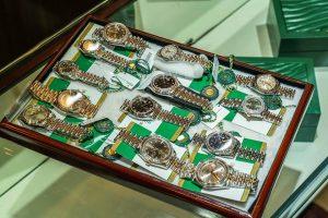Mua bán đồng hồ cũ tại thành phố Hồ Chí Minh