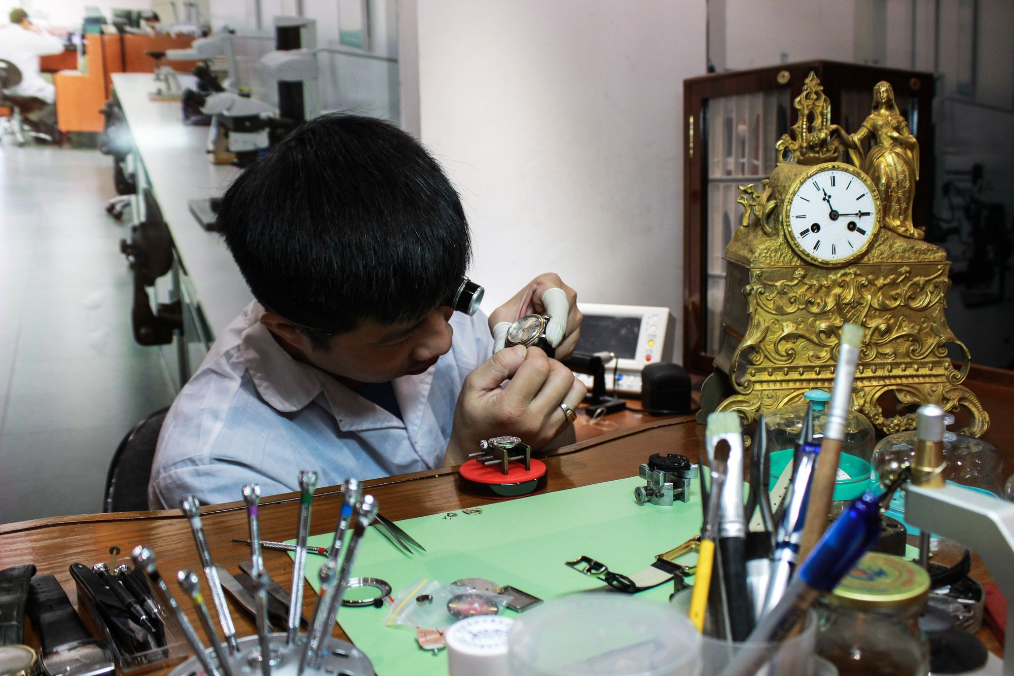 Dịch vụ thay dây đồng hồ 18mm