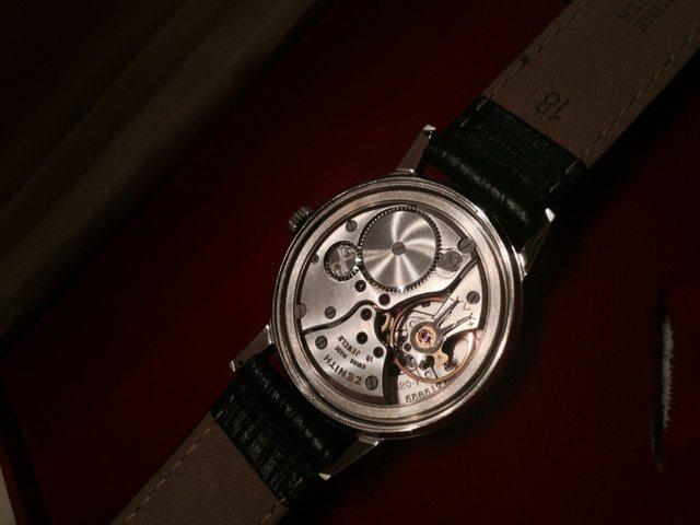 Thu mua đồng hồ cũ Zenith giá cao