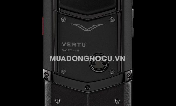 Vertu Signature Pure Black