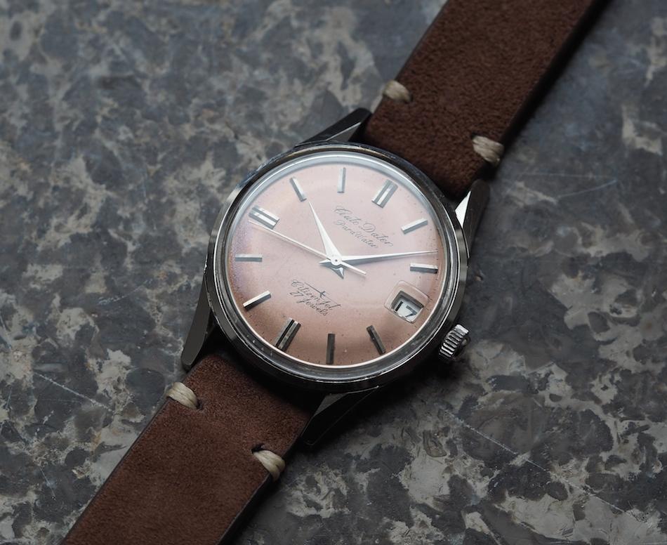 Dress watch là gì? những kiến thức cần biết về đồng hồ đeo tay